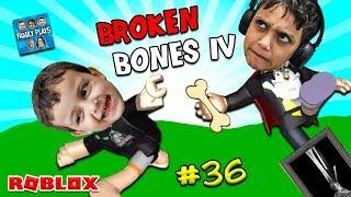 ROBLOX BREAKING THE BONES! (Broken Bones IV) Family Plays
