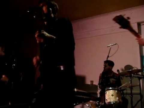 Franz Ferdinand - 'Roxette' (Dr. Feelgood cover) @ Mono, Glasgow (16.11.2012)
