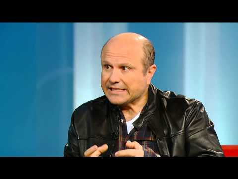 Enrico Colantoni On What Made Kristen BellVeronica Mars Special