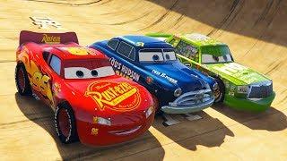 Şimşek McQueen ve Süper Hızlı Arabalar Yeni Parkurda Yarışıyorlar
