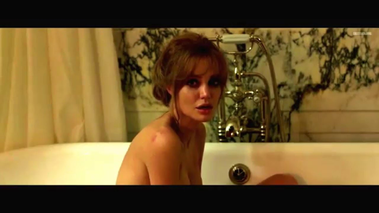 Angelina jolie bathtub, asian women big dicks xxx
