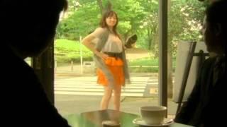 菅野美穂さんが出演している朝日生命のCMです。CMソングはYUKIの「鳴い...
