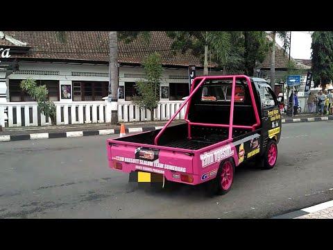 Atraksi Mobil Pick Up