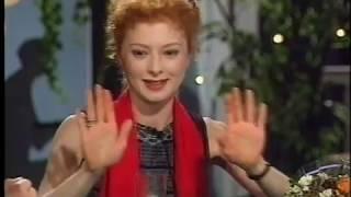 Смотреть АЛЕКСЕЙ КОРТНЕВ, АНДРЕЙ КНЫШЕВ, АМАЛИЯ МОРДВИНОВА В БЛЕФ-КЛУБЕ (улучшенное видео,1998г.) онлайн