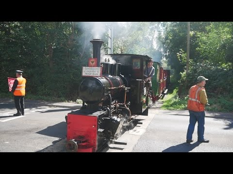 Leighton Buzzard Narrow Gauge Preserved Railway - Take a Little Train to the Front