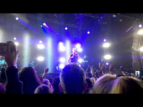 Adam Lambert SLEEPWALKER Live in Vienna 2016 FullHD