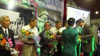 Trao tặng hoa chúc thọ Các Thầy trường Cường Để QN 2014
