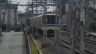小田急小田原線急行列車(新松田行き)・鶴巻温泉駅を発車