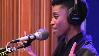 "Skye performing ""Bright Light"" Live on KCRW"