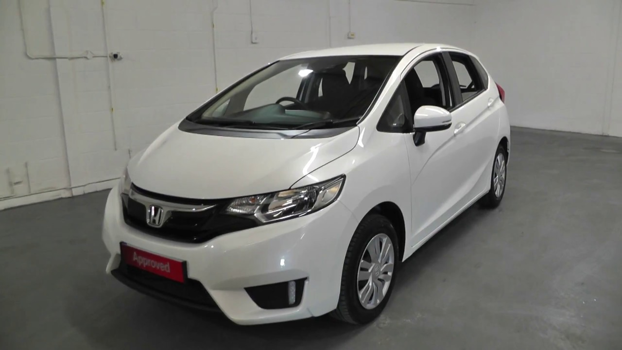 Honda JAZZ 1.3 S Finished In White Orchid Pearl , Video