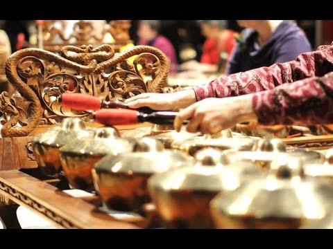 PLAYON SREPEG SLENDRO MANYURO - Javanese Gamelan Music [HD]