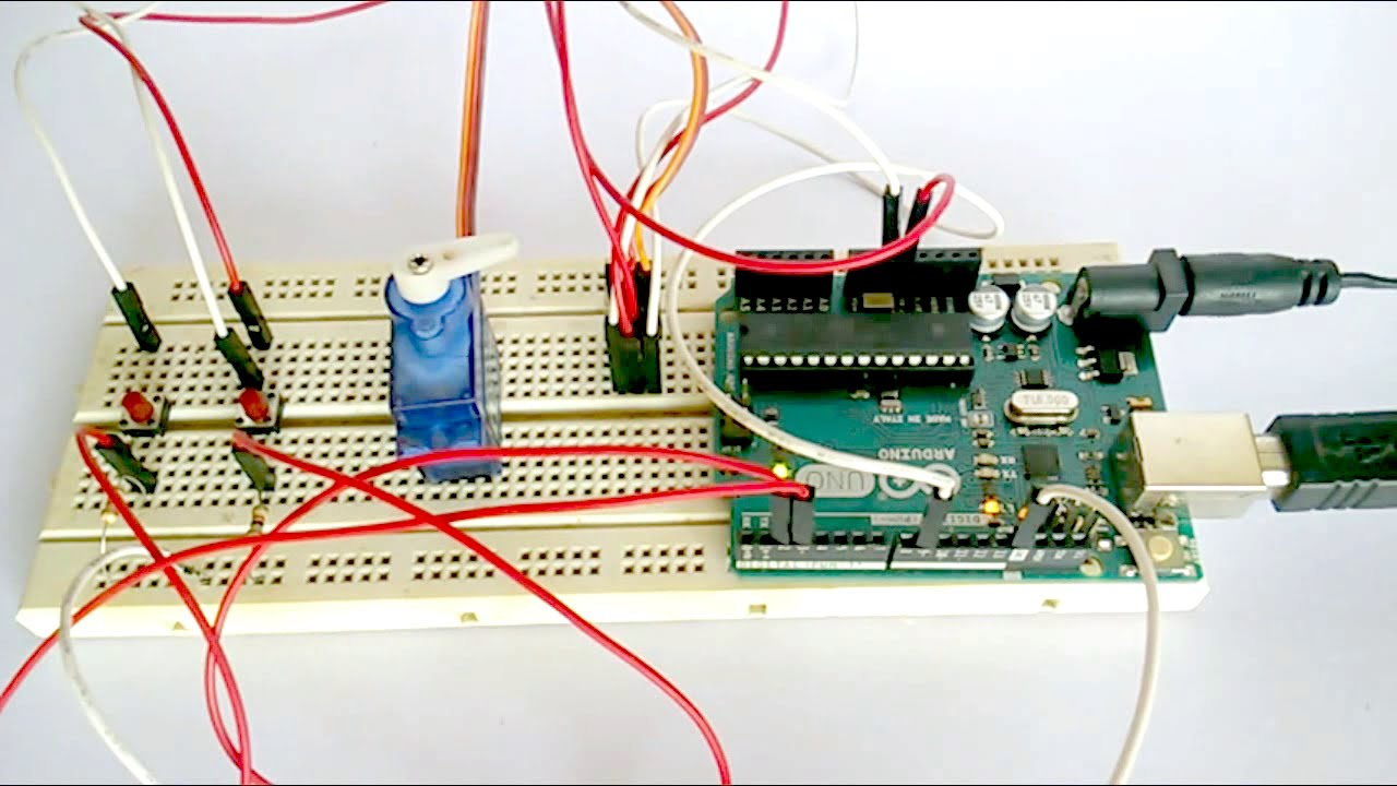 Servo control by push button switch arduino