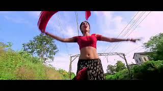 South Indian actress Shreya Saran hot navel saree scene in tamil