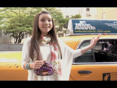 On-The-Go Makeup Tutorial: NYC Cab Style!