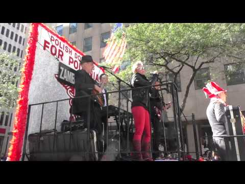 Pulaski Day Parade~2014~NYC~Polish Rock Band Working the Crowd~NYCParadelife.com