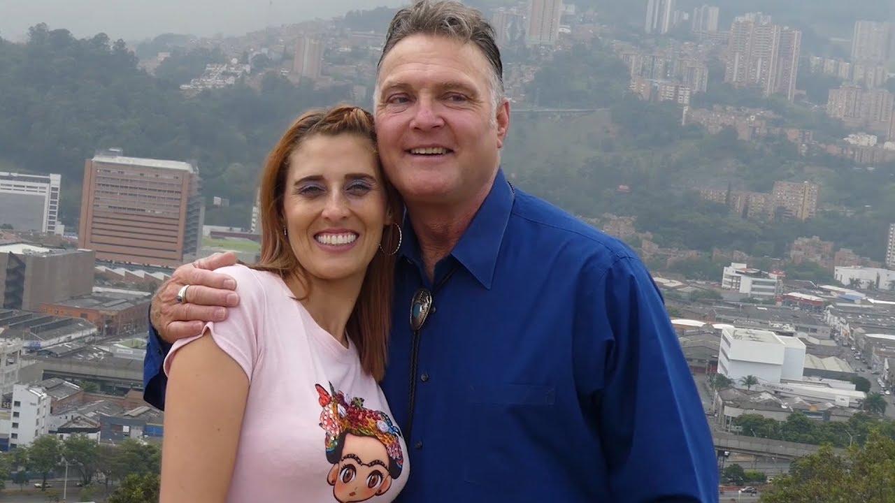 dating i Medellin Colombia var vi alle faktisk bare dating samme person om og om igjen