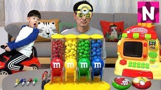 M&M 초콜릿 콩순이 편의점 장난감 상황극 놀이 뉴욕이랑 놀자 Candy Dispenser Microwave Toy NY Toys