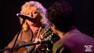 "Shovels & Rope perform ""Birmingham"" at the 2013 Americana Music Festival"