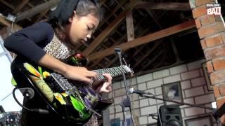 War March - Ayu Gusfanz, si Cilik Jago Main Gitar dari Bali (Ditonton Gubernur Bali Mangku Pastika)