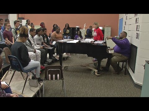 Fort Hayes Metropolitan High School choir to join forces with TBDBITL for halftime show