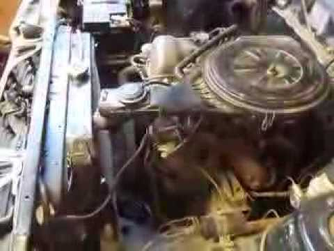 EL motor 1.8 del datsun bluebird, andando ..