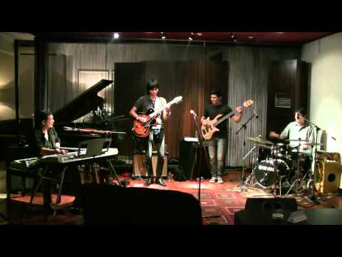 Idang Rasjidi Syndicate @ Mostly Jazz 13/11/2011 [HD]
