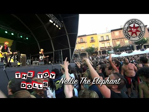 "The Toy Dolls ""Nellie The Elephant"" @ Poble Espanyol (09/07/2016) Barna N Roll FEST"