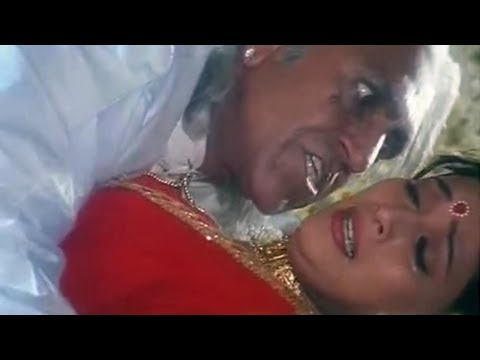 When Amrish Puri forcefully tried to molest the girl thumbnail