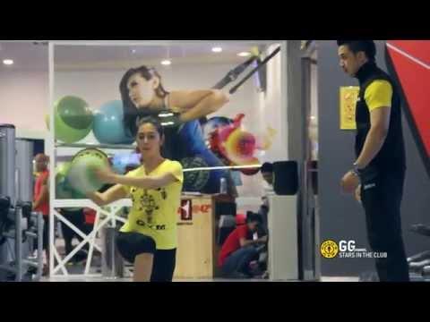 Gold's Gym Indonesia :  Pentingnya Personal Trainer Bagi Nabila Syakieb