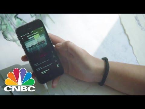 Apple Music: The Streaming Battle | Tech Bet | CNBC