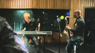 Brian Culbertson   Hollywood Swinging   Do You Really Love Me   live  2009