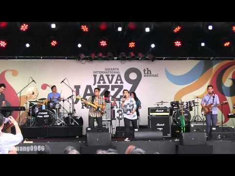 Abdul & The Coffee Theory - Happy Ending @ JJF 2013 [HD]