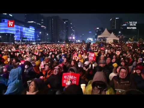 Seoul: Thousands rally against Park Geun-hye