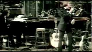 Glen Campbell -  Dreams Of An Everyday Housewife    *LIVE*