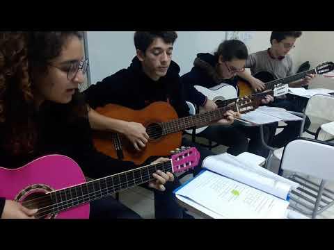 Eteği Belinde( Kuşadası Kültür Merkezi Gitar Kulübü)