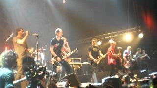Die Toten Hosen - Donde Las Aguilas Se Atreven (Attaque 77) (15/9/2012 - Argentina)