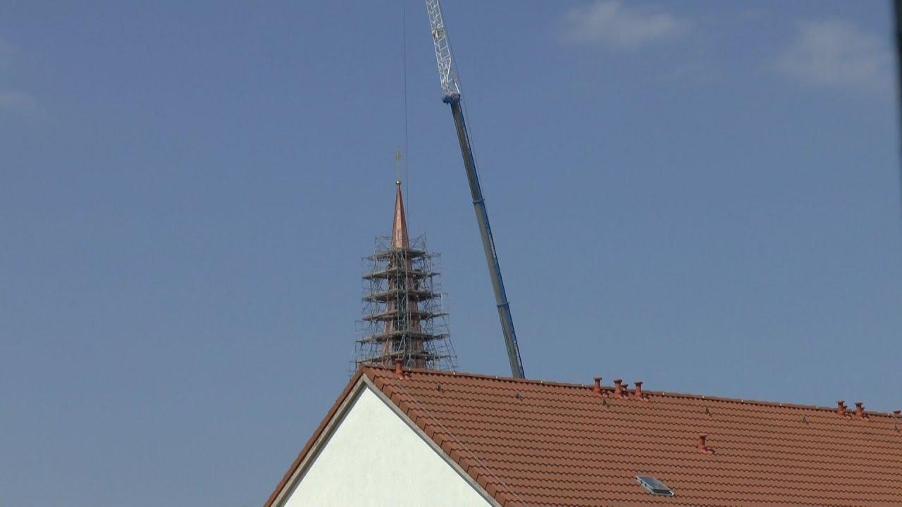 Ein Neues Turmkreuz Für Die Herz Jesus Kirche Der Gemeinde Dresden