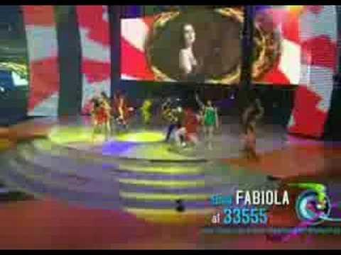la academia Fabiola y Valeria Luz sin gravedad