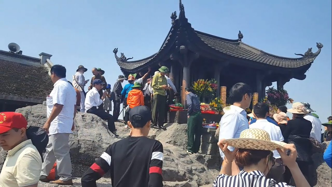 Khám phá đường lên chùa đồng yên tử – ngôi chùa cao nhất việt nam