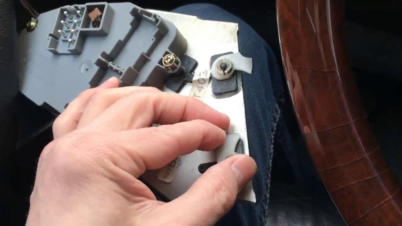 Снятие и ремонт дверных карт мерседес W140 - YouTube