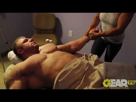 Bodybuilder Justin Compton Deep Tissue Massage from YouTube · Duration:  6 minutes 14 seconds
