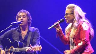 Everything Burns Anastacia At The London Palladium Ultimate Collection Tour 02 05 16