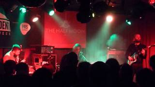 Archie Bronson Outfit - Got To Get (Your Eyes)  live @ The Half Moon, London