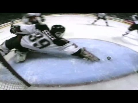 Best of Hasek: Desperation Blocker Save vs. Philly