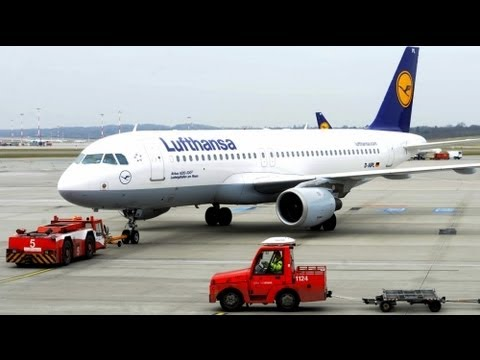 Lufthansa announces profits warning, cuts to come