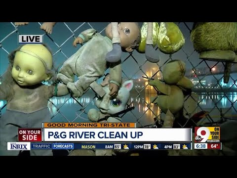 Procter and Gamble partners with trash barge to clean up Ohio River