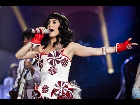 Katy Perry - Hummingbird Heartbeat (DVD CDT Live) 2016
