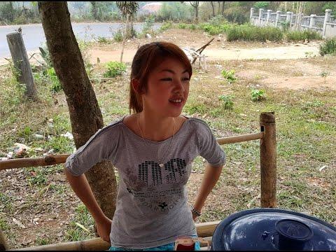 วุ้นเส้นปลาทูสาวไทเขินบ้านหนองกุ๋มเมืองเชียงตุง Tai Khun Mackerel Lettuce Wrap