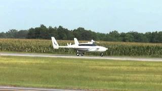 VariEze canard plane lands at St. Elmo Airport, Alabama