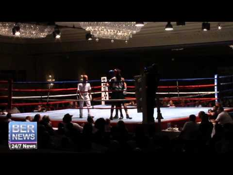 Robert Somner vs Di'Andre Burgess Boxing Match, November 7 2015